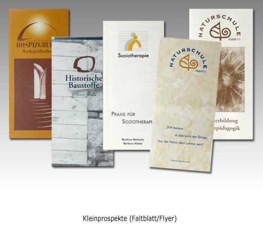 Referenzen: Faltblätter Graphikdesign